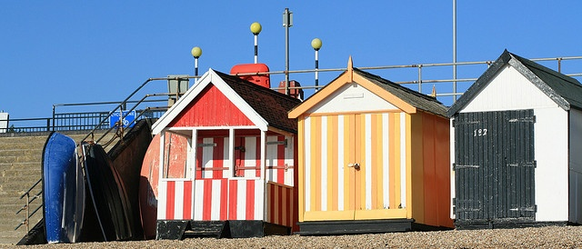 row of huts, Southend on Sea by Paul Merry, via Flickr