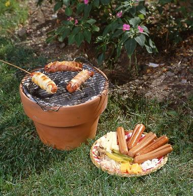 Great ideas on making improvised grills.... your gas grill breaks or need something portable
