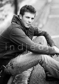 Senior Picture Posing Ideas - Bing Images: I want to have photo of Taylor like this, soon :).