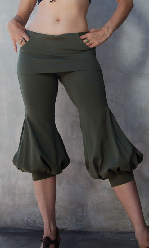 Pirate pants! Screw cosplay, I'd wear these all the time. There may or may not be some swash-buckling as a result.