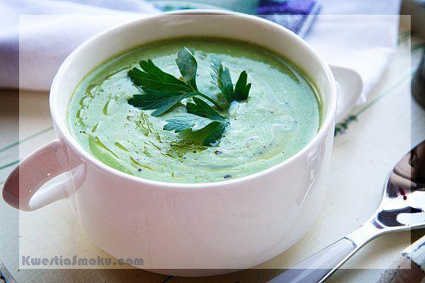 Zupa krem brokułowa z gorgonzolą.