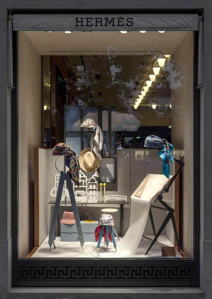 Kikiworld.nl - Projects | Hermes window June 2015 | Left window