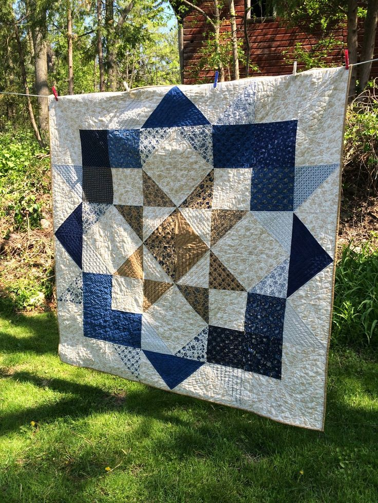 """Lovely quilt - made from Lexington by Minick and Simpson. And FREE pattern from """"Love Moda Blog Tour"""" :)"""