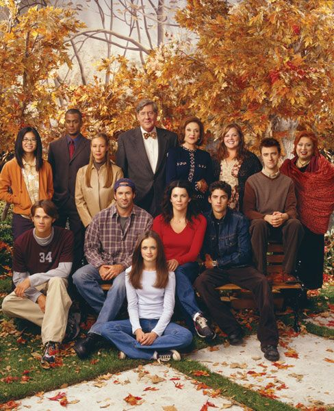 I am in love with Gilmore Girls.. I would love to move to Connecticut and just live and walk the streets of towns like Stars Hollow!!