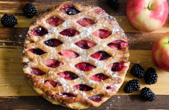 Recept på knäckig äppelpaj, äppelkaka och smulpaj med äpple