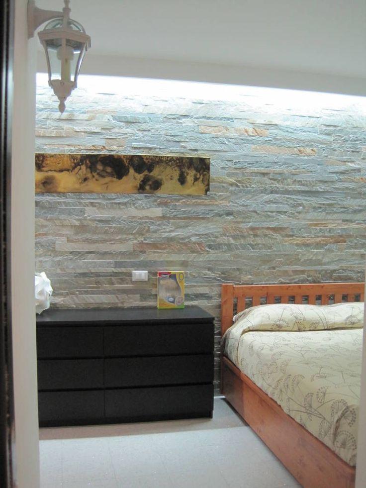 Sfoglia le immagini di Camera da letto in stile in stile Eclettico % di Roma Montesacro - Ristrutturazione appartamento anni '60 . Lasciati ispirare dalle nostre immagini per trovare l´idea perfetta per la tua casa.