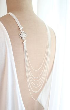 s i l v e r c o w l s Layer Necklace 20's by HedgehogProject, €42.75