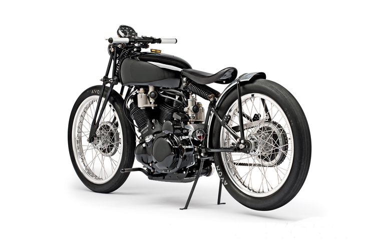 Jeff Decker's 1952 custom Vincent Black Lightning is going to upset the purists. But we love it.