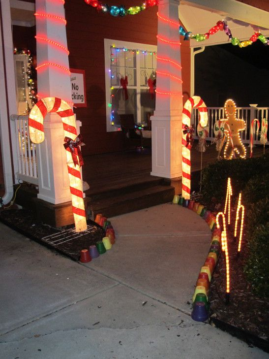 My home grown art my gingerbread house christmas candy for Gingerbread house outdoor decorations