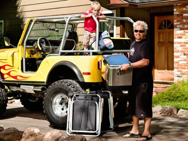 #FNMag shares Guy Fieri's perfect portable picnic spread for an outdoor family meal. #FathersDay
