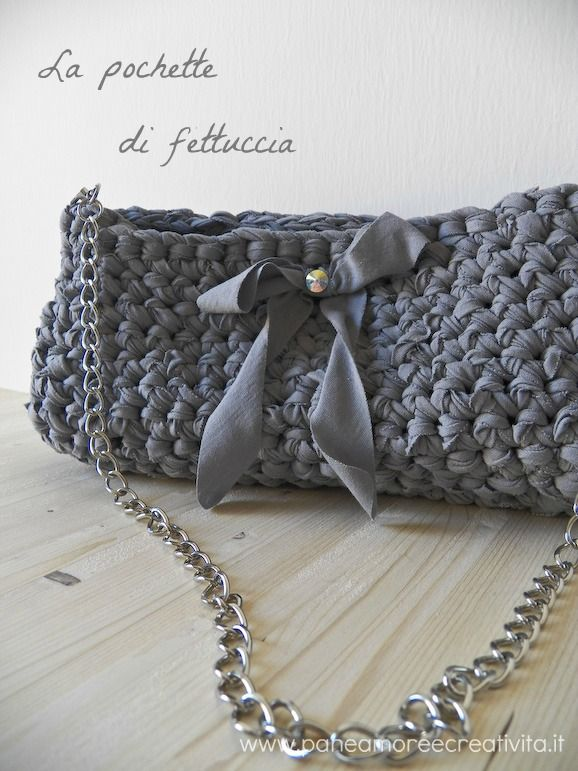 Crochet bag with ribbon