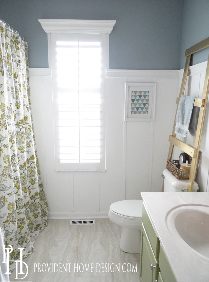 Hey Guys! The kids/guest bathroom is done and just in time as our house guests arrive tonight!