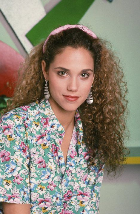 Still of Elizabeth Berkley in Saved by the Bell (1989)