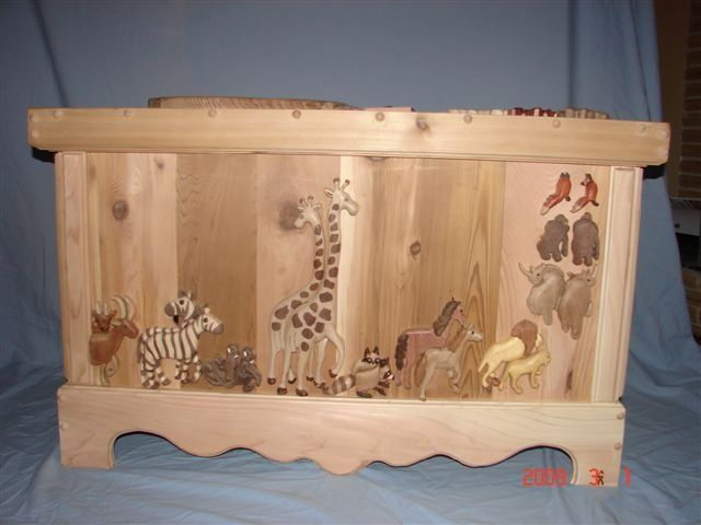 243 best images about toy boxes on pinterest toy box plans storage chest and toys. Black Bedroom Furniture Sets. Home Design Ideas