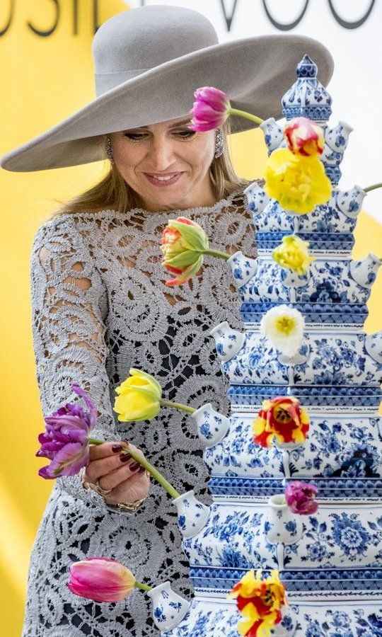 Queen Maxima of the Netherlands opened a Chinese porcelain exhibition at the Prinsenhof Museum on April 7 in Delft, The Netherlands.