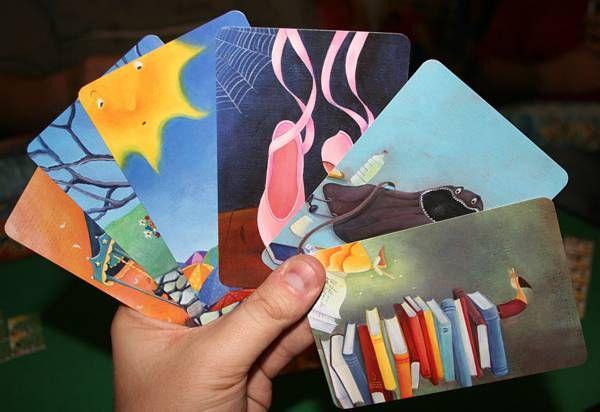 Iedereen krijgt een dixit-kaart. Elke leerling verzint een begin van een…