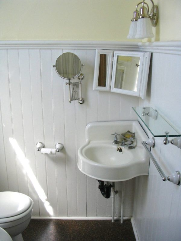 14 best powder room images on pinterest bathroom for Very small corner bath