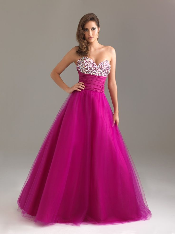 82 best Homecoming images on Pinterest | Low cut dresses, Homecoming ...