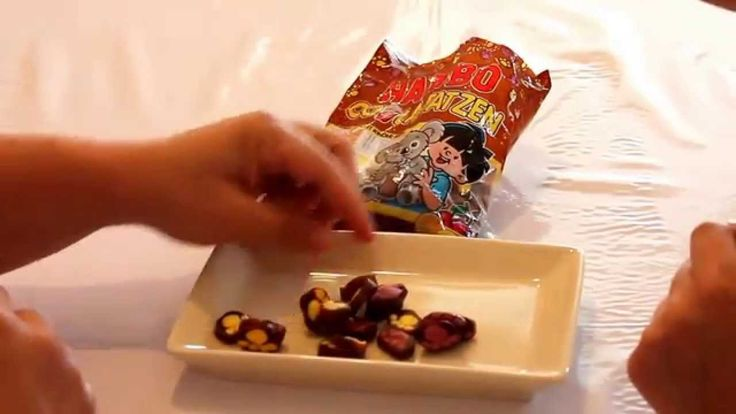 "Candy Quest # 15 Haribo COaLA Tatzen - A ""Paw-ful"" of Flavour"
