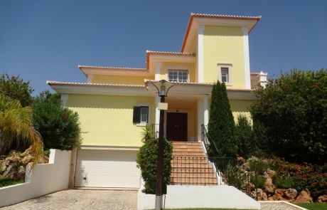 Great opportunity villa V3, at Monte da Quinta, Quinta do Lago, Algarve.