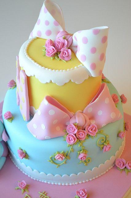 Rose and Bow Cake by deborah hwang, via Flickr #wedding #cake www.BlueRainbowDesign.com