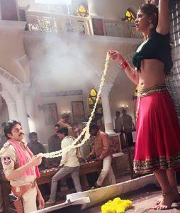సర్దార్ గబ్బర్ సింగ్ లో స్పెషల్ సాంగ్ చేసింది రాయ్ లక్ష్మి. ఎప్పటినుంచో బ్రేక్ కోసం ఎదురుచూస్తున్న ఈ అమ్మడు, ఈ సాంగ్ తన జాతకాన్ని