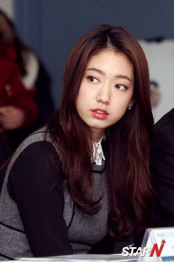 Park Shin Hye looking radiant and beautiful at Korea Industrial Property Office event yesterday