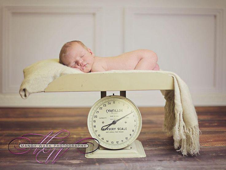 Newborn scale prop