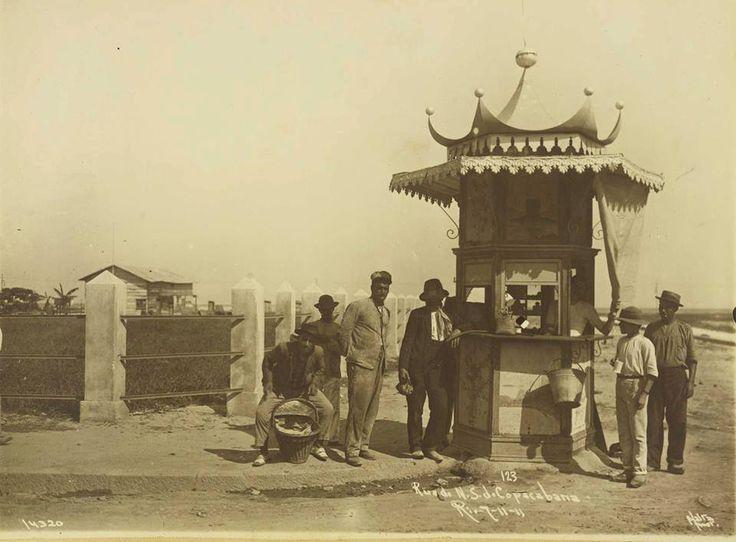 Av. Nossa Senhora de Copacabana em 1911