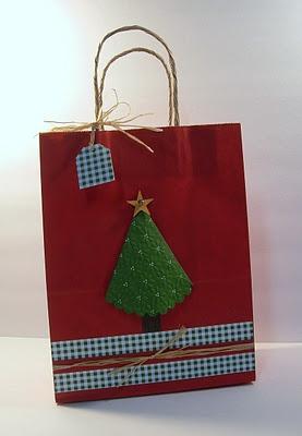 Love this Christmas Bag! Need to make a few.