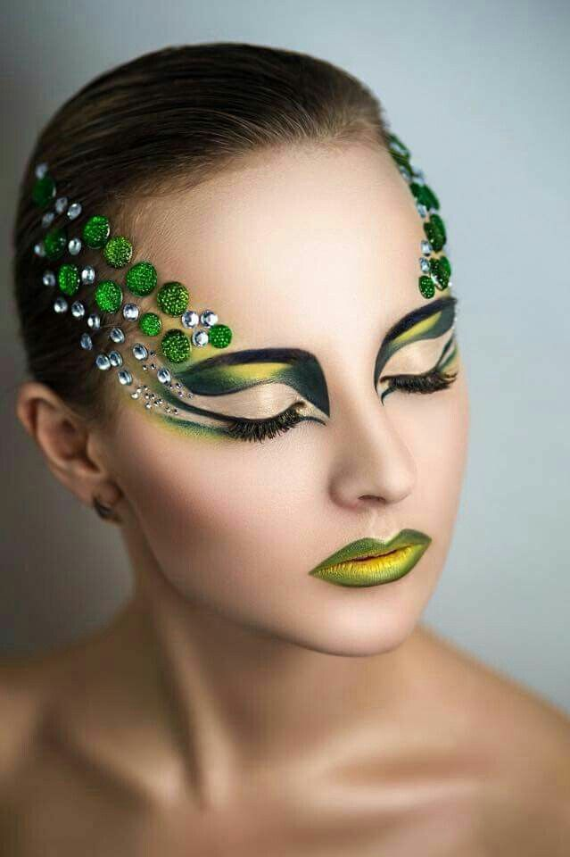 Extreme Makeup Ideas - Mugeek Vidalondon