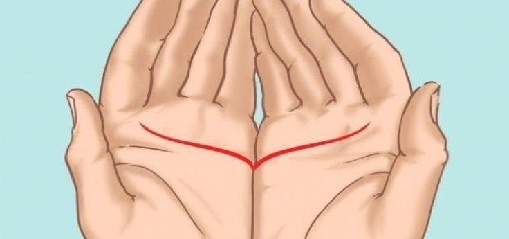 Dejte dlaně k sobě a sledujte, jakou čáru tím vytvoříte. Vypoví to o vás mnohé!