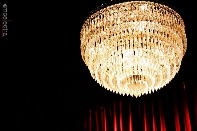 Elegant light - Follow me on http://urlin.it/2e070