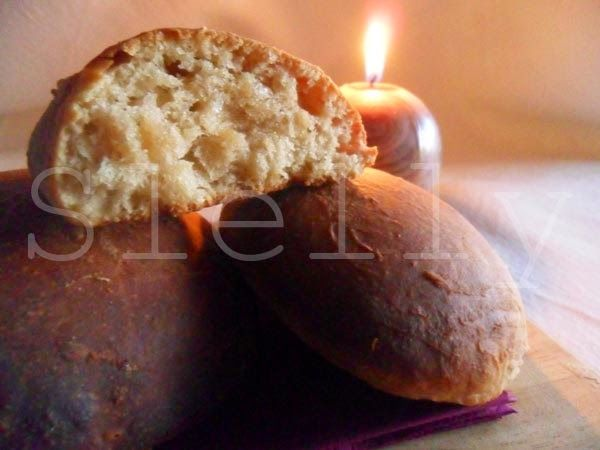 TRISCOTTI RRR STYLE (Recupero, Rispetto, Risparmio) - Panini semidolci multiuso a base di biscotti avanzati  Vai alla ricetta: http://slelly.blogspot.it/2014/08/triscotti-rrr-style-recupero-rispetto.html