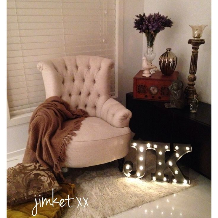 Vintage and chic love