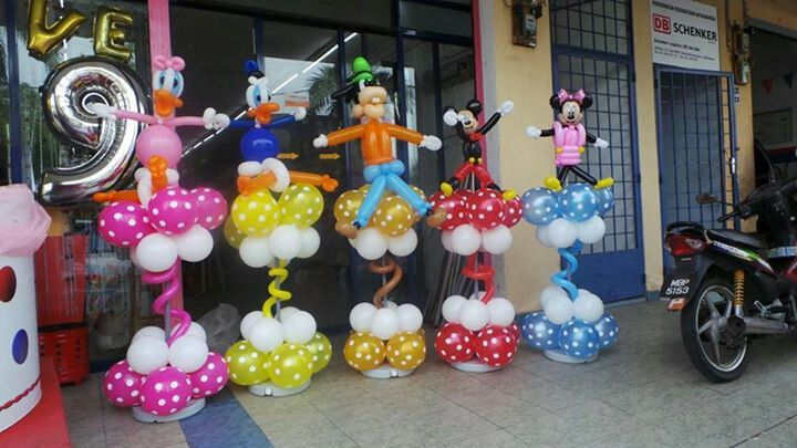 Mikey mouse Club house | Balloon columns /Columnas globos | Pinterest