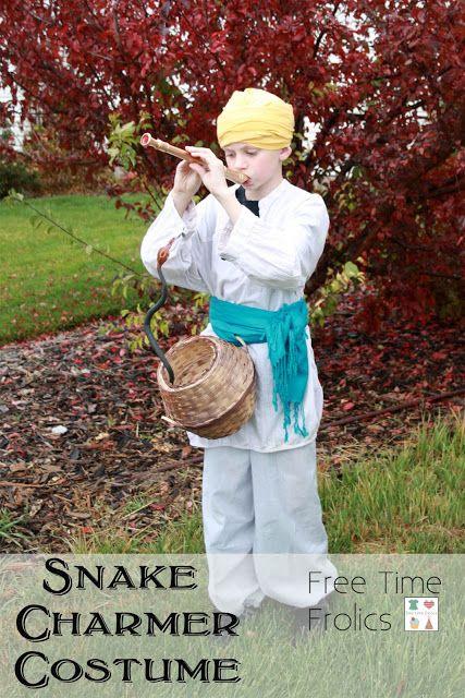 Free Time Frolics: {No Sew} Snake Charmer Costume DIY #costume #halloween #snakecharmer