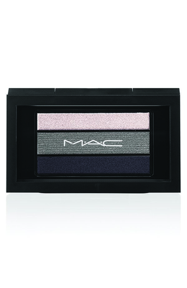AVAILABLE TODAY ONLY: MAC Cosmetics Smoky Black Friday Eye Shadow Palette Trio - SEE PHOTOS HERE>