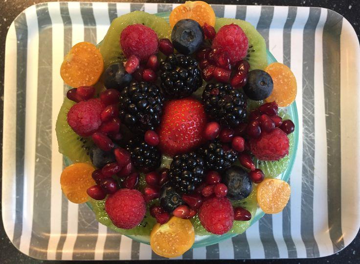 Muesli / chai / lijnzaad / pompoenpit / broccoli / fruit breakfast