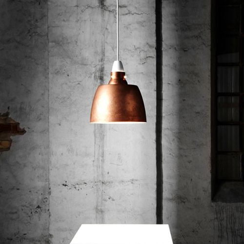 New Works - Hang On Honey #kontorlampe #belysning #design #lampe…
