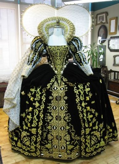"Elizabeth I's Black Gown (""The Lost Colony"" at the Waterside Theatre on Roanoke Island, 2011)."