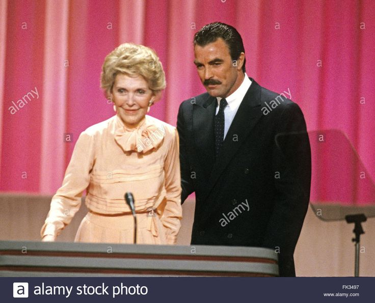 Download this stock image: New Orleans, Louisiana, USA. 15th Aug, 1988. First lady Nancy Reagan and actor Tom Selleck on the podium of the 1988 Republican Convention at the Super Dome in New Orleans, Louisiana on August 15, 1988.Credit: Arnie Sachs/CNP © Arnie Sachs/CNP/ZUMA Wire/Alamy Live News - FK3497 from Alamy's library of millions of high resolution stock photos, illustrations and vectors.