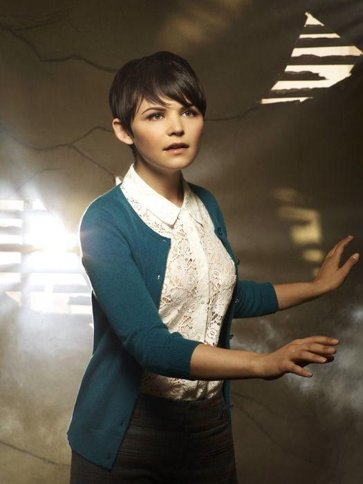 If you're familiar with the show Once Upon a Time, I absolutely love everything Ginnifer Goodwin's character wears