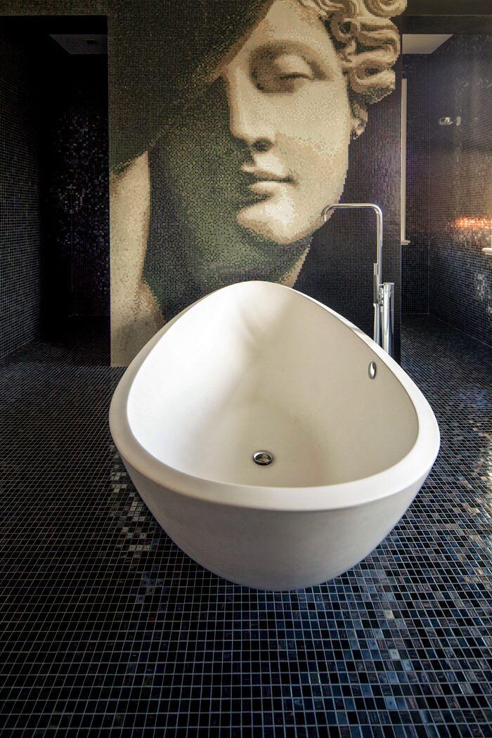 25 beste idee n over boven badkamers op pinterest logeerbadkamer decoreren kleine gast - Origineel toilet idee ...