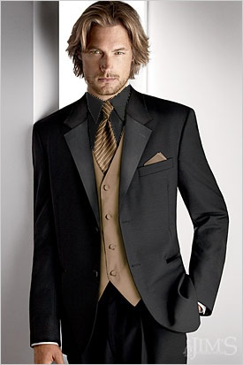 a lil PS!  SO PERFECT!!!  black and gold tux