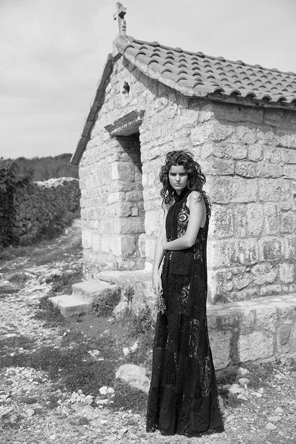 DR8404 'has dark rich centre' dress #nevenka #madeinmelbourne #australiandesigner #lace #black