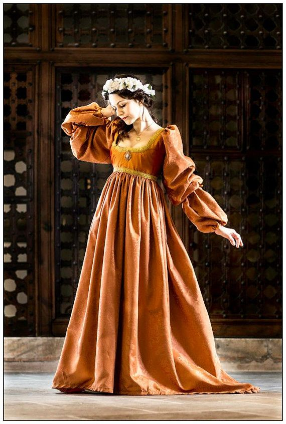 Orange italian renaissance gown by FashionCostume on Etsy, €290.00