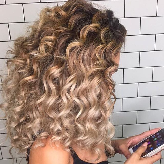 25 Best Ideas About Big Hair On Pinterest: 25+ Best Ideas About Big Bouncy Curls On Pinterest