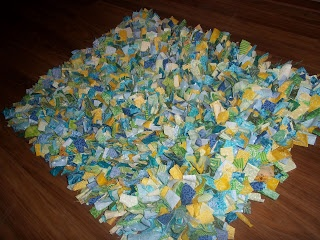 Keeping Up With The Pruett's: DIY-Rag Rug. Good idea for fabric scraps.