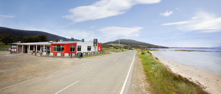 Hotel Bruny on the coastline of Alonnah, Bruny Island, Tasmania